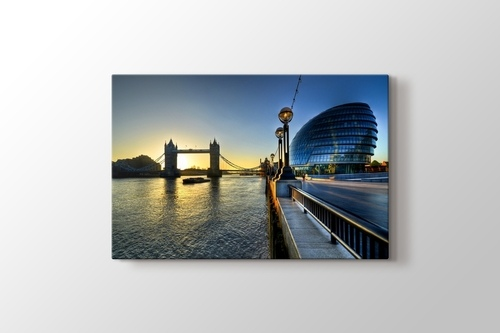 Picture of River Thames and Tower Bridge