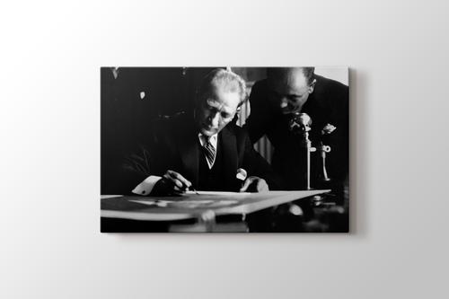 Picture of Mustafa Kemal - İş Bankası Ziyareti