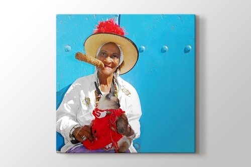 Picture of Cuban Cigar Lady