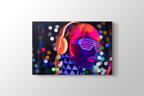 Picture of Neon Dj